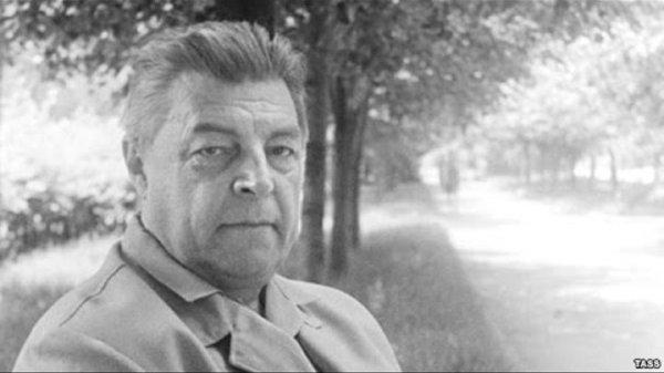 И. А. Ефремов, ученый, писатель-фантаст, путешественник.