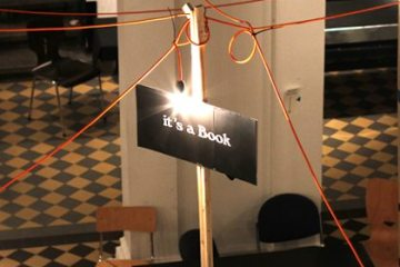 Es ist ein Buch.