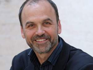 Scott Turow Blasts Amazon's Purchase of Goodreads