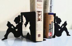 https://www.etsy.com/se-en/listing/96364873/girl-bookends?ref=sr_gallery_16&ga_search_query=book+ends&ga_order=date_desc&ga_search_type=all&ga_view_type=gallery