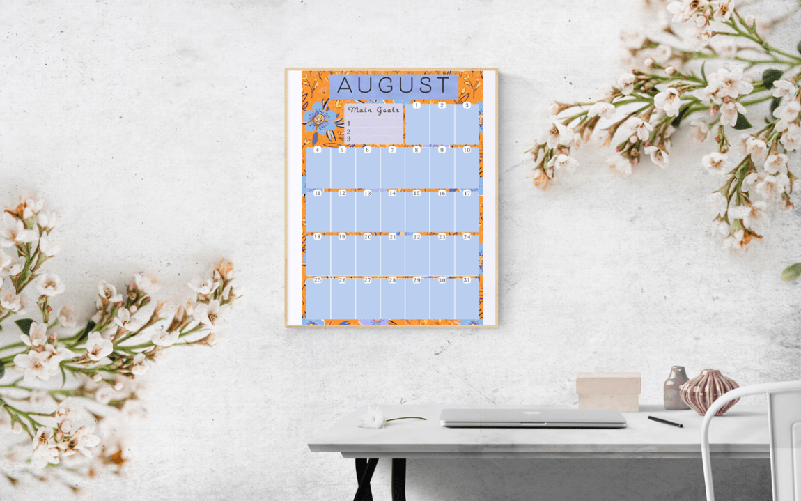 Download this free August floral printable planner at www.littlcrow.com/blog