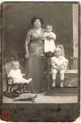 Семейное фото. Начало 20 века