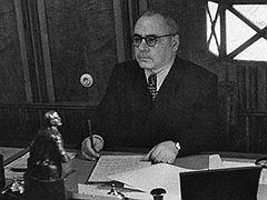 Всеволод Меркулов отчитывается на пленуме ЦК о связях с Берией. 1953 год