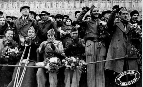 Бойцы республиканской Испании на Красной площади в Москве. 1938 год