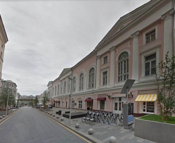 Пушечная ул.9, бывшее здание Немецкого клуба на Софийке.