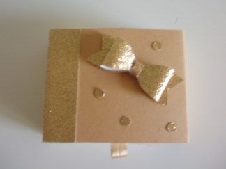 Caixinha Dourada