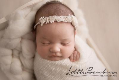 little-bambinos-photography-gold-coast-photo-gallery-newborn-8-(2)