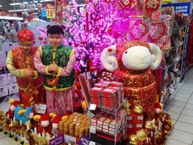 Neujahrsdekoration im Carrefour