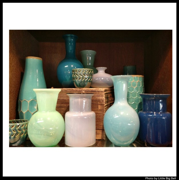 Vases-at-West-Elm-LA-photo-by-Little-Big-Bell