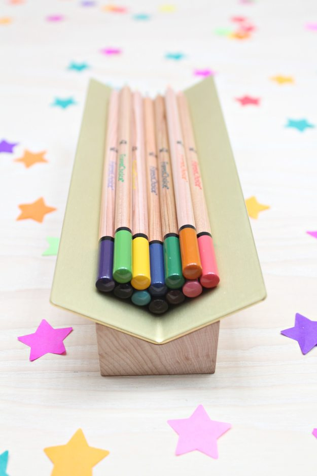 Another-Country-pencil-holder-0n-Litle-Big-Bell-blog