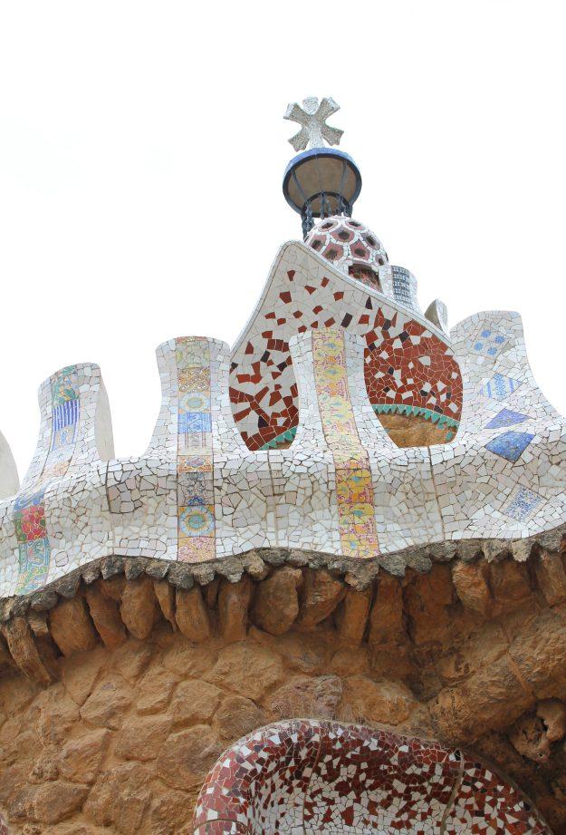 Park_Guell_Gaudi_Little_Big_Bell