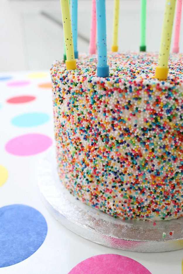 Confetti-cake-by-Crumbs-and-Doilies-on-Little-Big-Bell