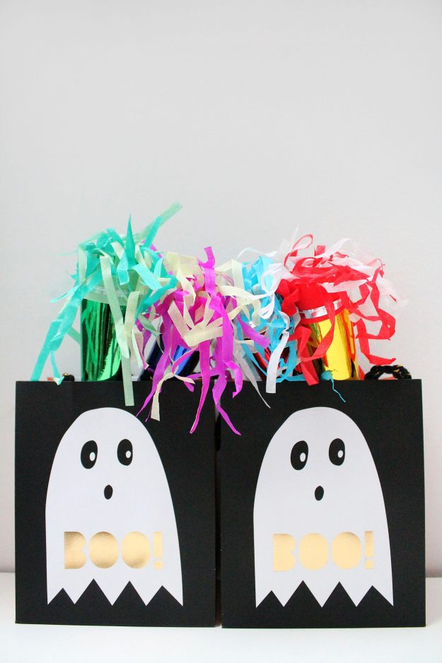 Halloween_party_bags_styling_and_photos_by_Geraldine_Tan_of_Little_Big_Bell _blog