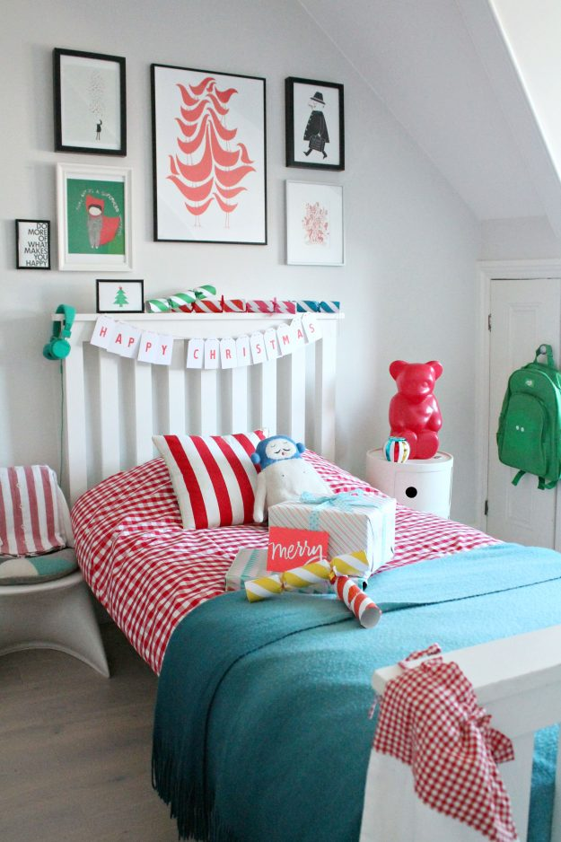 Christmas-bedroom-styled-by-Little-Big-Bell