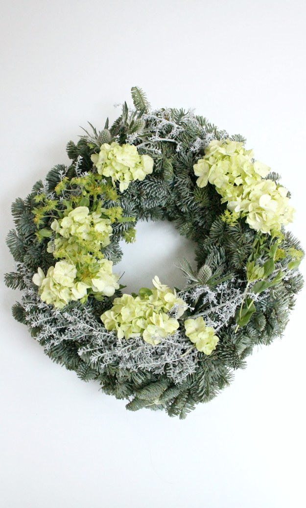 Christmas-wreath-by-Little-Big-Bell