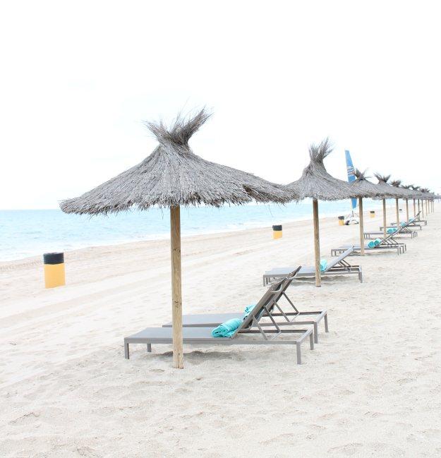 Le-Meridien-Ra-hotel-beach-photo-by-Little-Big-Bell