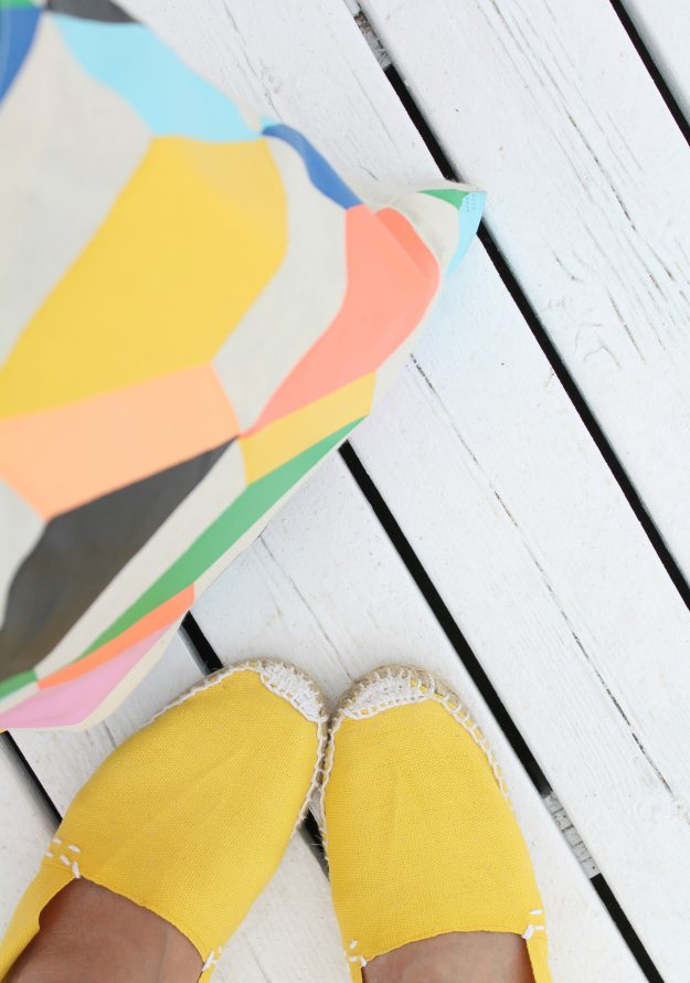 Yellow-espadrilles-in-Barcelona-photo-by-Little-Big-Bell
