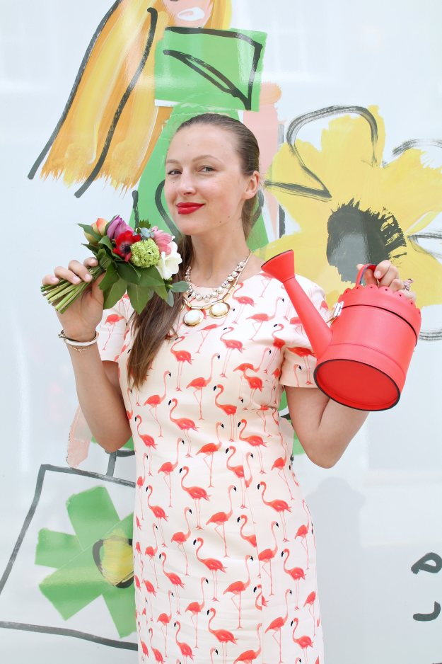 Spring-forward-watering-can-clutch-Kate-Spade-photo-by-Little-Big-Bell