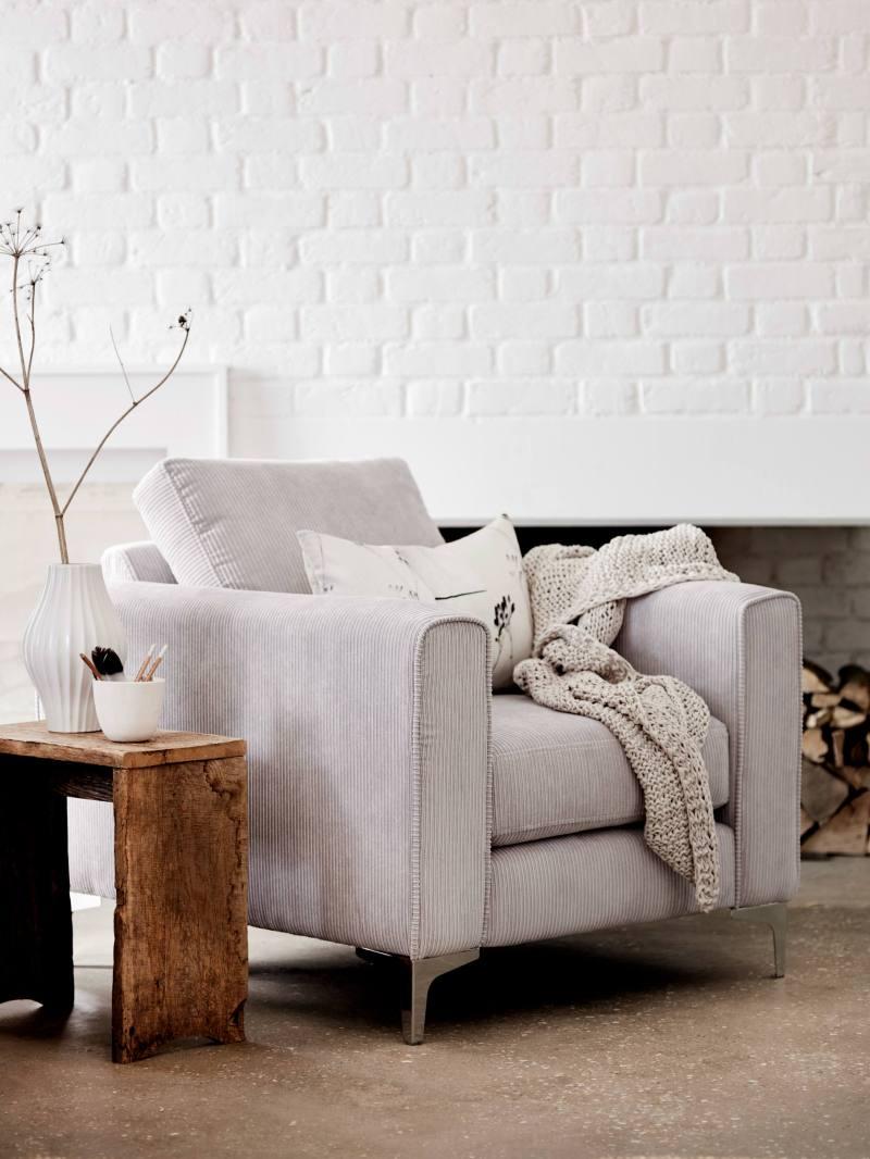 DFS_WHITE_sofa_no.-1
