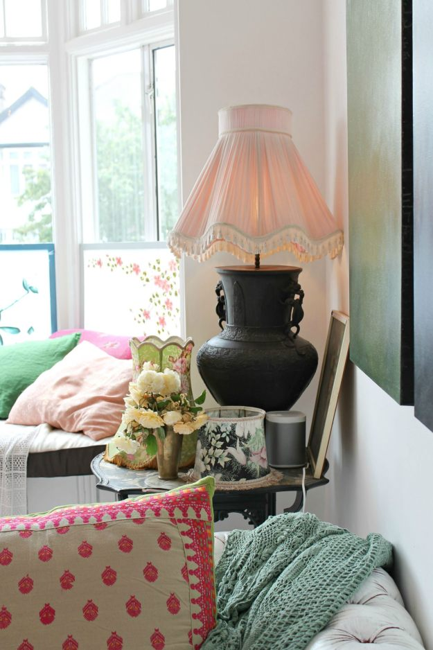 London-home-tour-colourful-stylist-photo-by-Little-Big-Bell