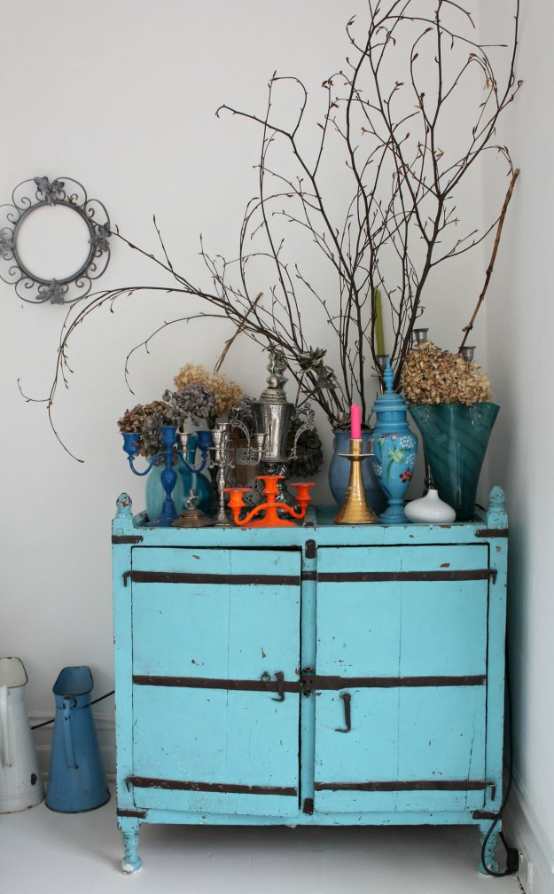 Upcycled-painted-sideboard-photo-by-Little-Big-Bell
