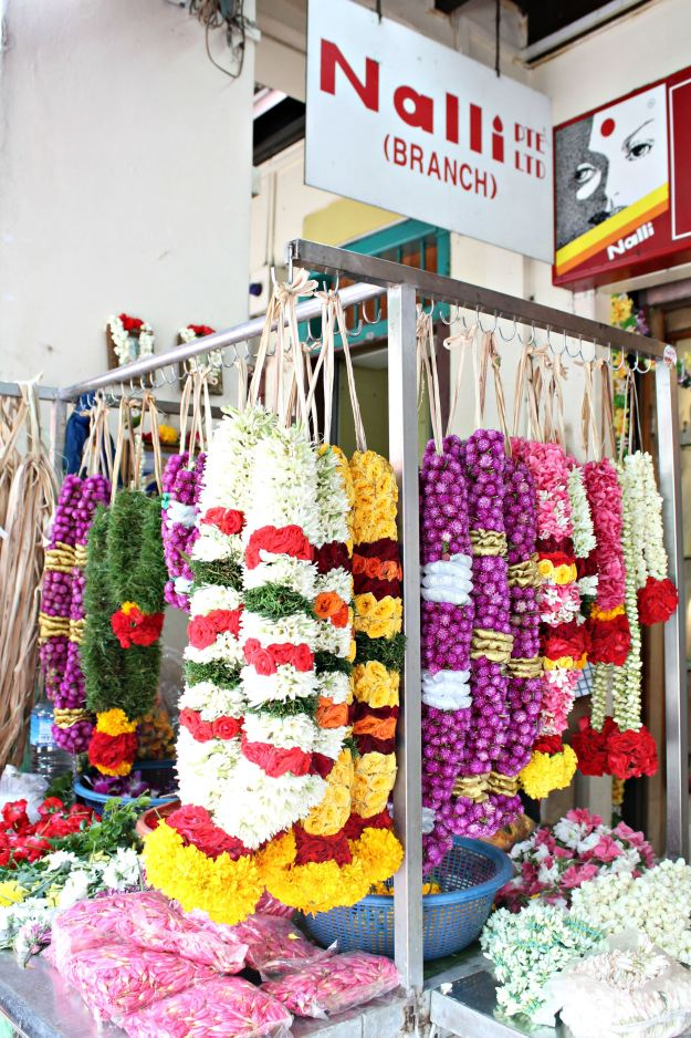Floral-wreaths-in-Little-India-Singapore-photo-by-Little-Big-Bell