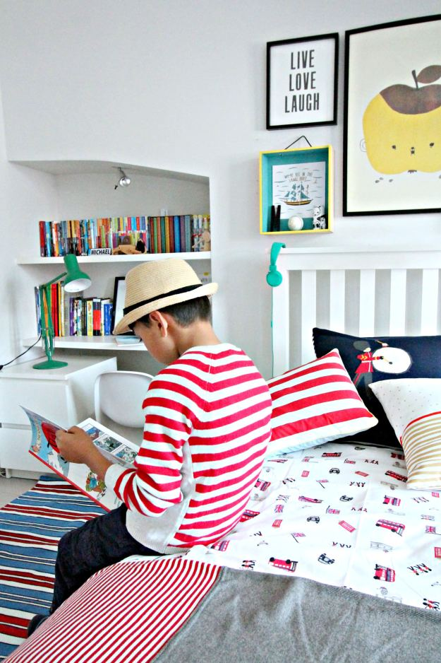 Little-White-company-stripes-photo-by-Little-Big-Bell