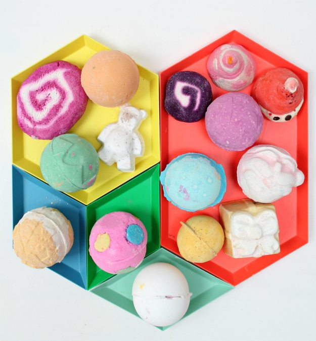 Colourful-Lush-bath-bombs-photo-by-Little-Big-Bell