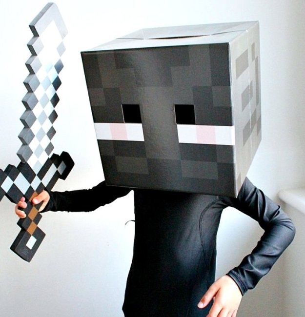 Enderman-costume-minecraft-by-Little-Big-Bell