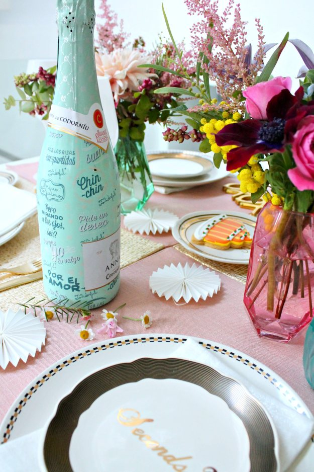 Tea-party-table-setting-Little-Big-Bell