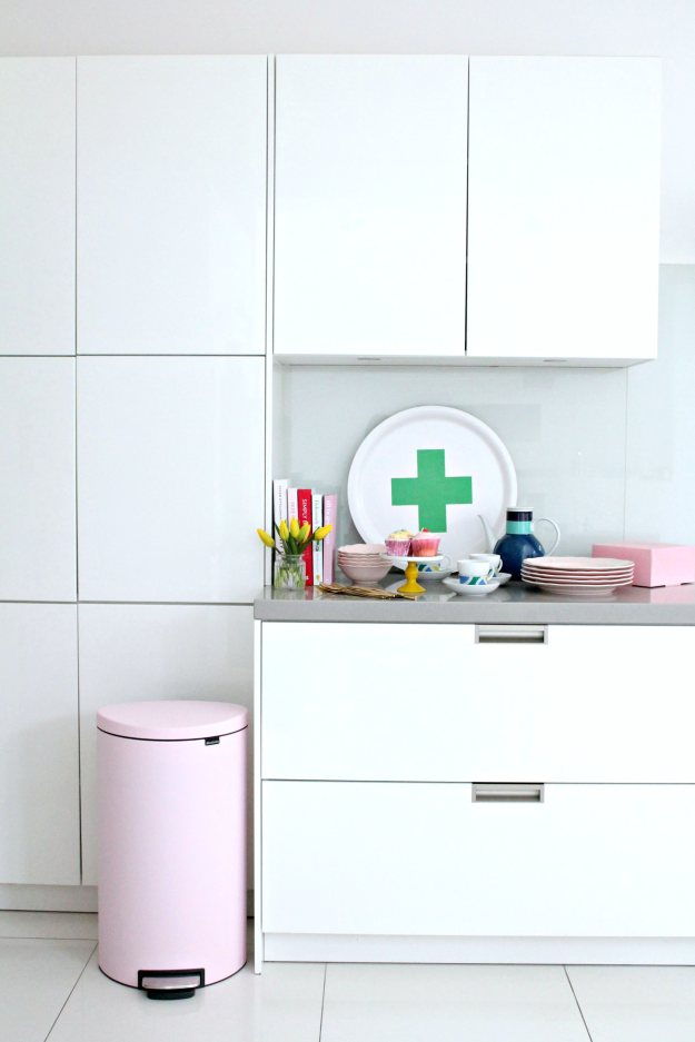 Brabantia-pink-bin-photo-by-Little-Big-Bell