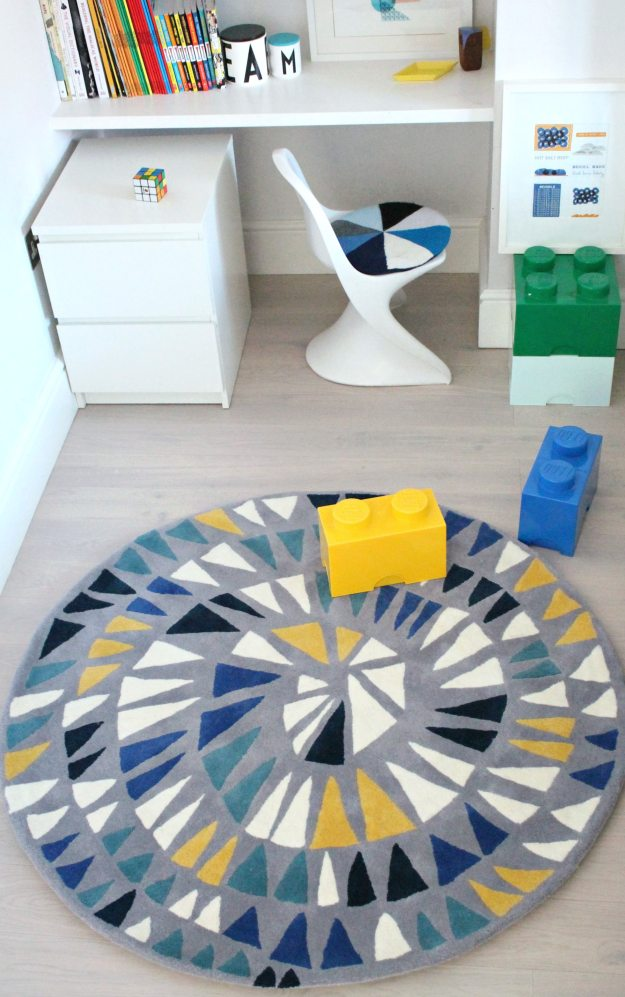 Little-P-Round-and-Round-rug-styled-and-photo-by-Geraldine-Tan-Little-Big-Bell