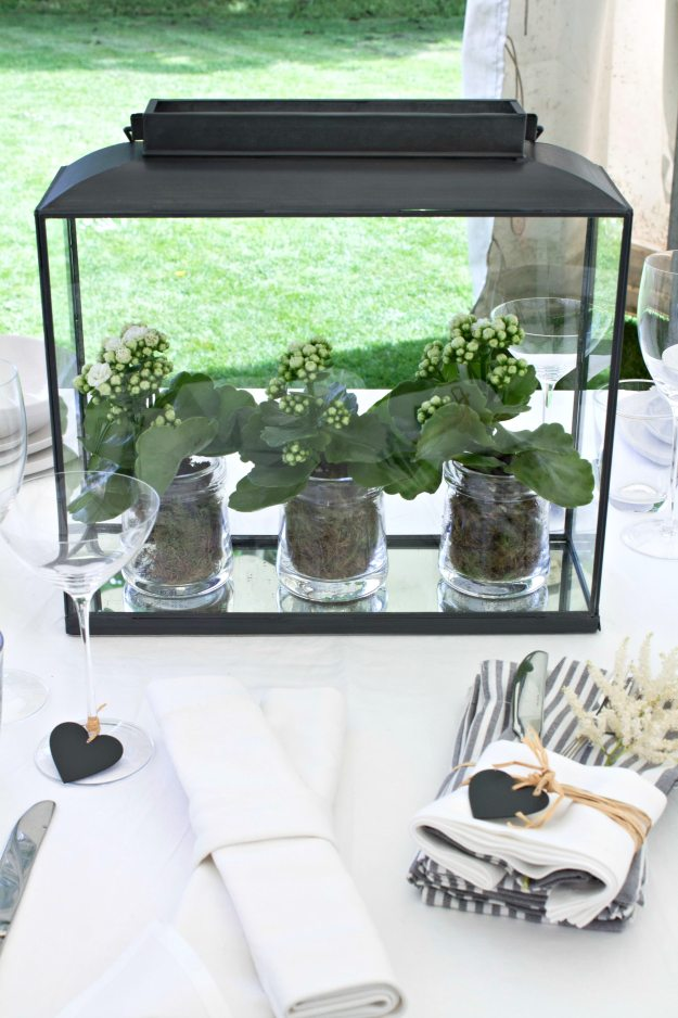 How-to-decorate-a-table-1-for-Summer-Entertaining-photo-by-Geraldine-Tan-Little-Big-Bell