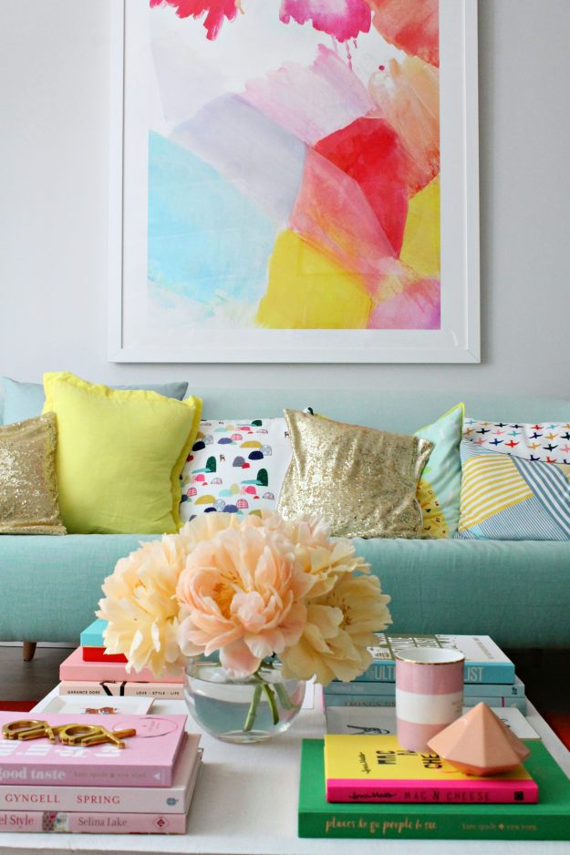 Living-room-with-day4-peony-photo-by-geraldine-tan-Little-Big-Bell
