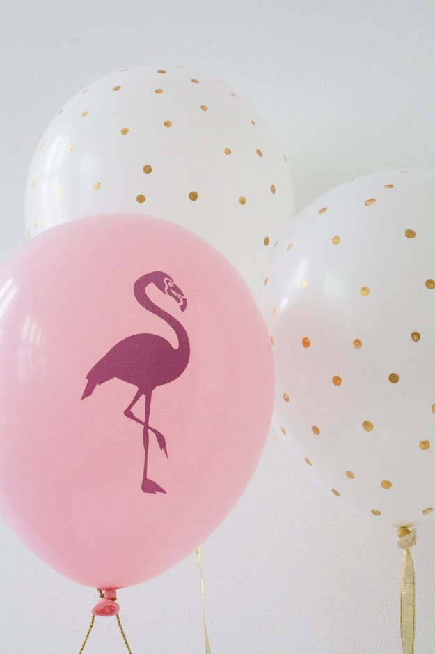 flamingo-balloon-Little-Big-Bell