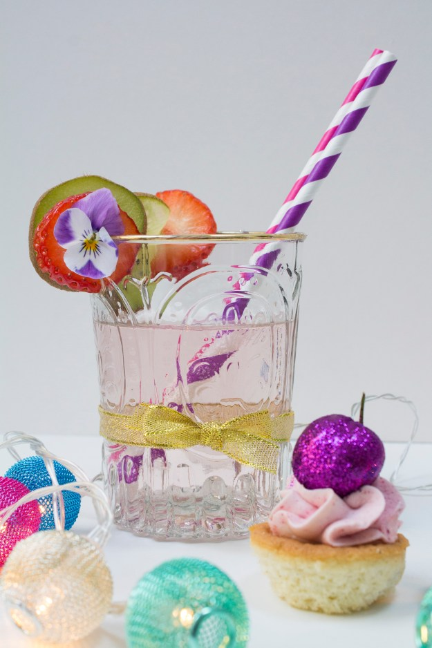 pink-fizzy-drink-Summer-party-Little-Big-Bell