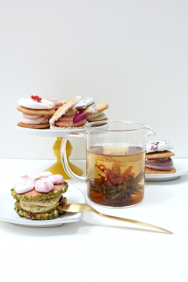 Flowering-tea-party-photography-by-Little-Big-Bell