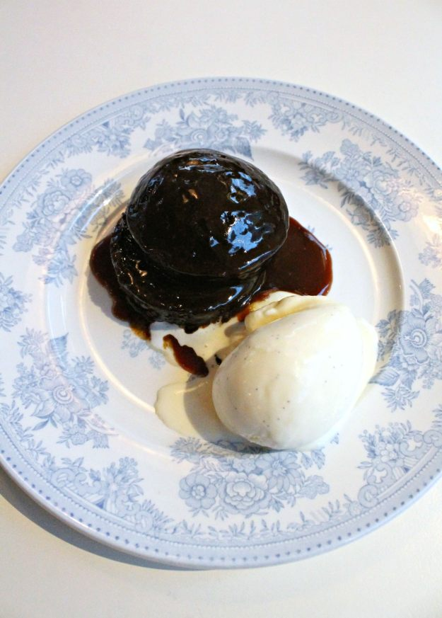 Sticky-toffee-pudding-photo-by-Little-Big-Bell