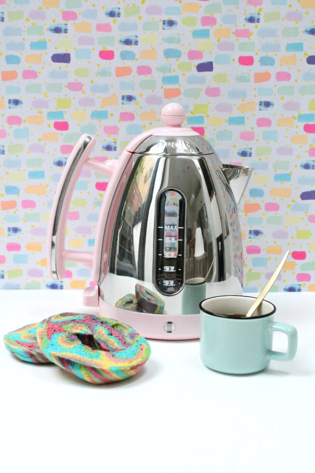 Dualit kettle-pink-photo-by-Little-Big-Bell