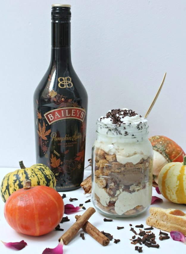 baileys-pumpkin-spice-mousse-and-ginger-nut-crunch-by-geraldine-tan-little-big-bell