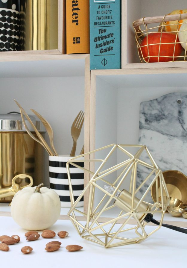 brass-light-frame-from-north-clas-ohlson-photo-by-little-big-bell