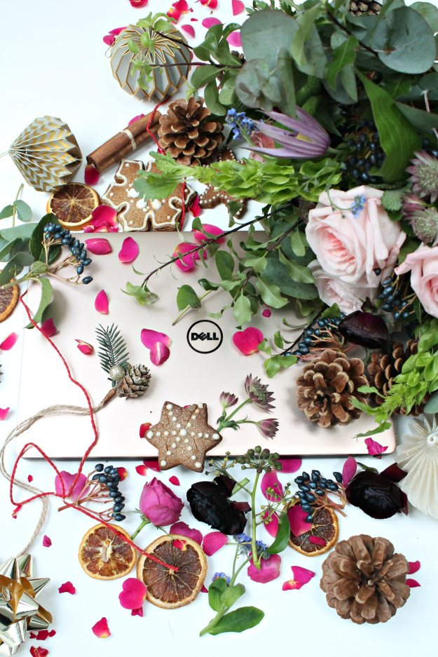 rose-pink-gold-laptop-by-dell-photo-by-geraldine-tan-little-big-bell