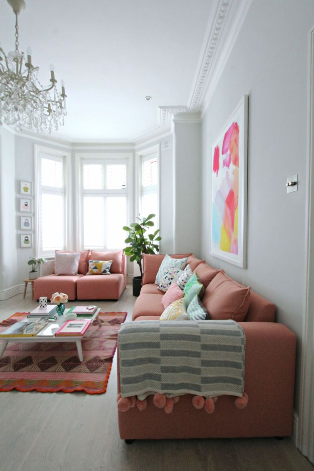 Enjoyable Littlebigbell How To Style A Pink Sofa My Coral Pink Sofa Interior Design Ideas Gentotthenellocom