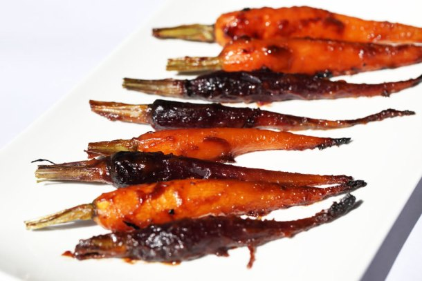 miso-maple-roasted-carrots