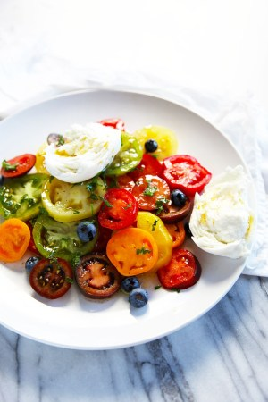 Heirloom Tomato Salad with Mozzarella