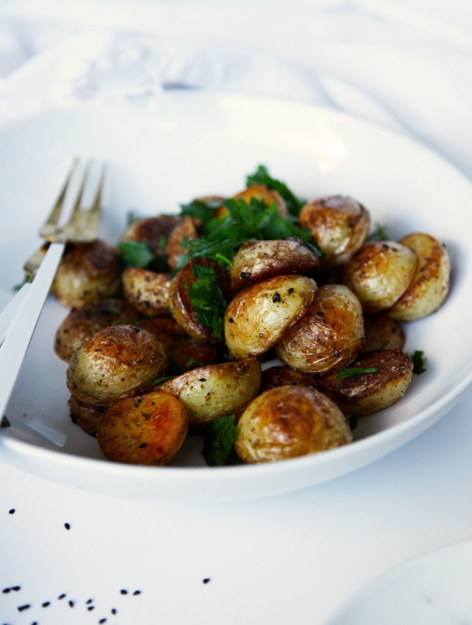 Quick Crispy Potatoes with Nigella Seeds