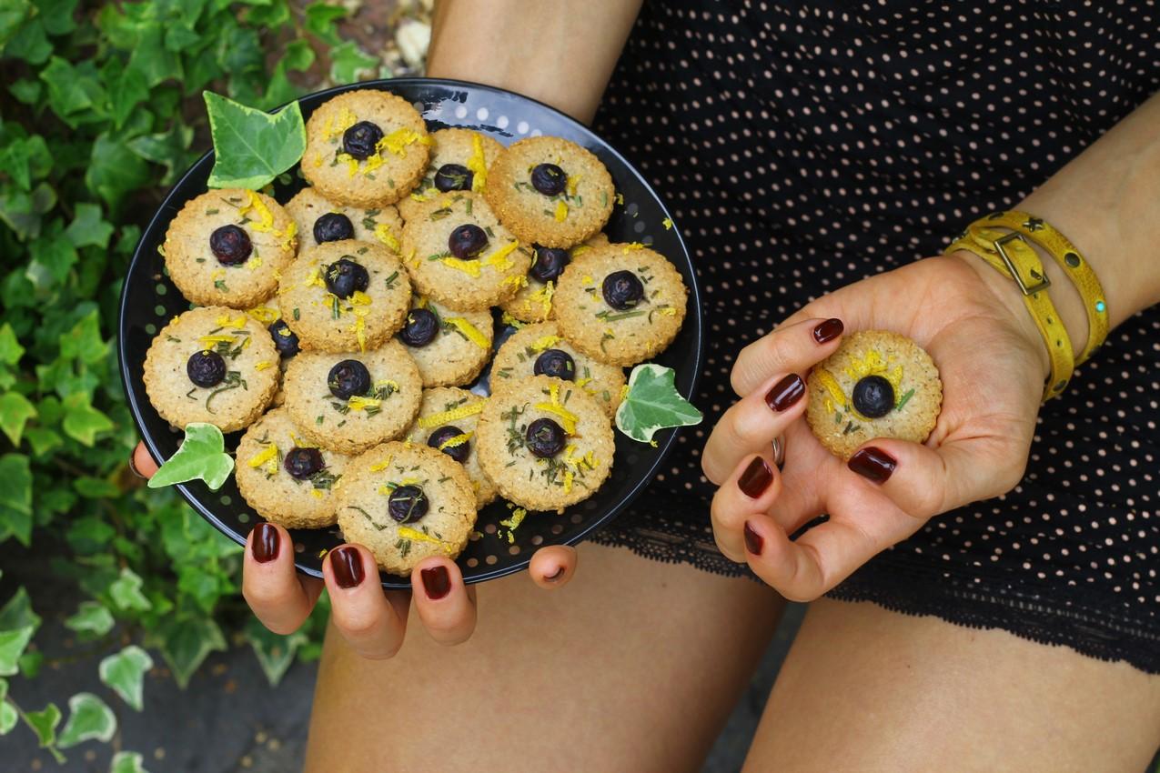 aip Cookies & Pastries