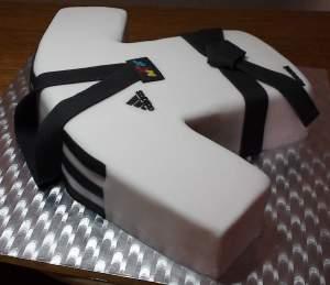 dobok cake