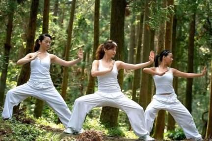 Beijing_martial_arts_girl-e1369044380763