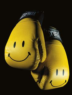 smiley-boxing-gloves